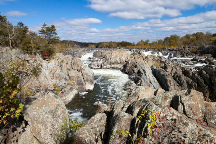 Image of Great Falls Park, on the outskirts of Great Falls, Virginia.