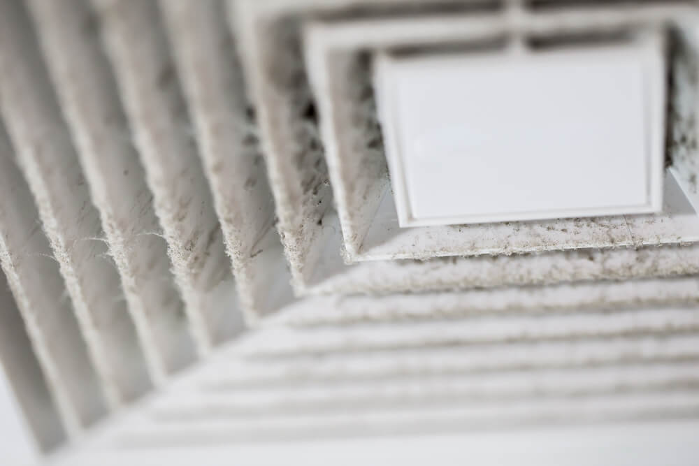 How to Clean Moldy AC Vents: Top DIY Solutions